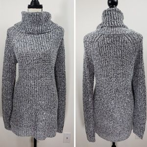 Mossimo sweater  size L